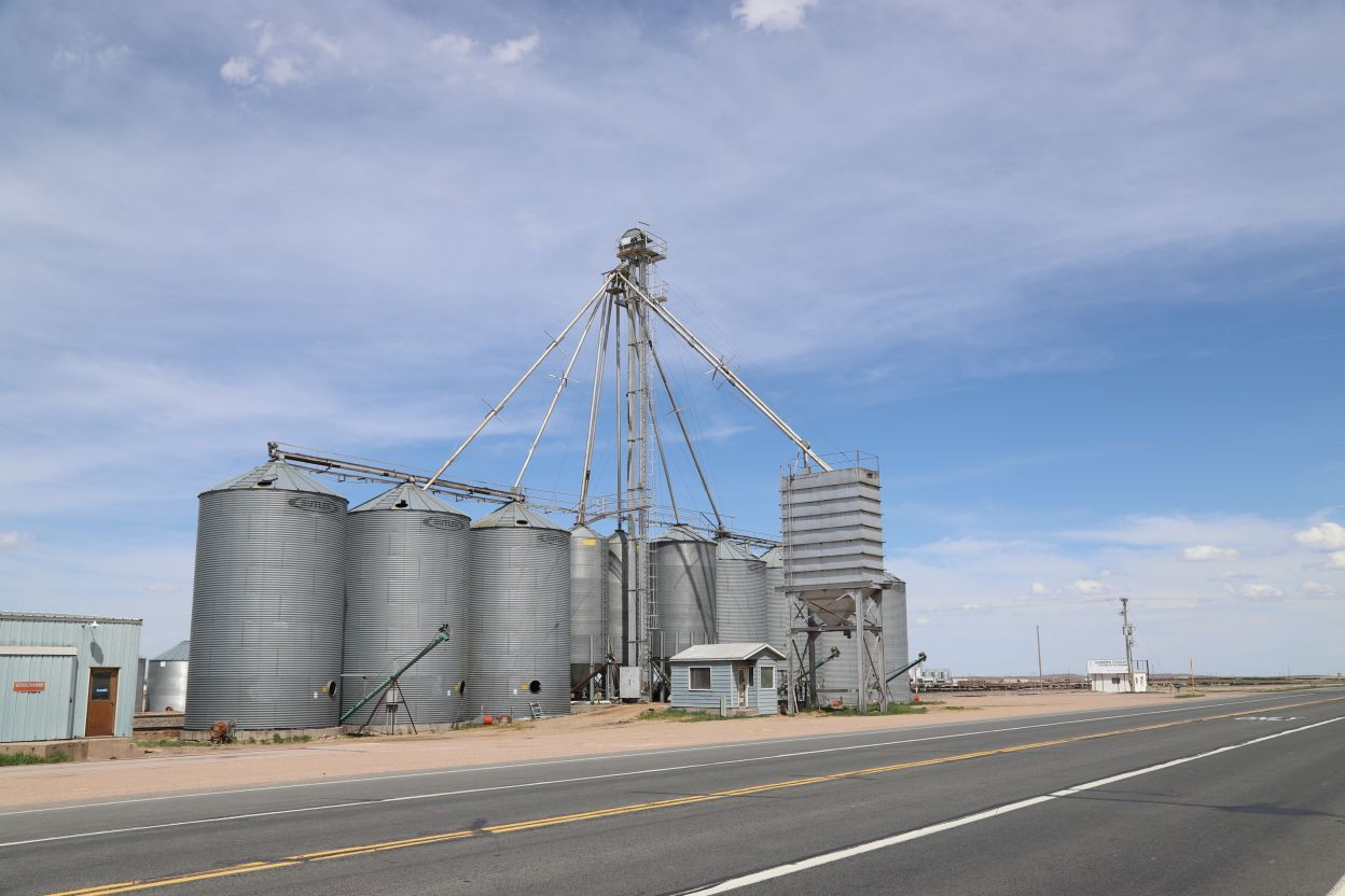 Yuma County Grain Company Property Auction   Reck Agri Realty & Auction