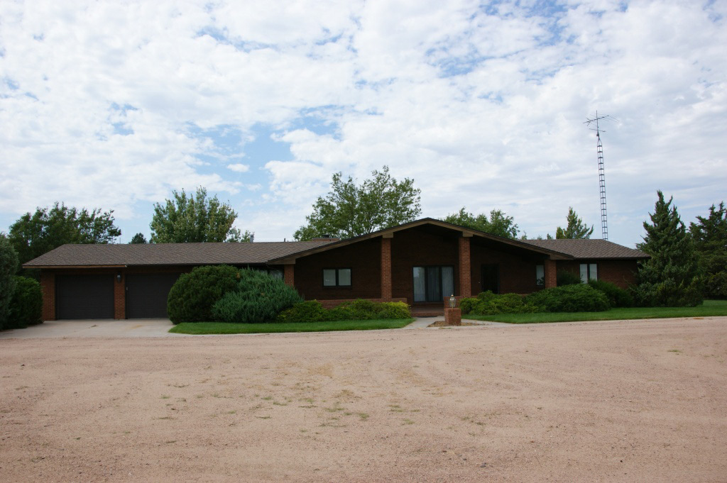 Colorado rural home for sale with horse facility