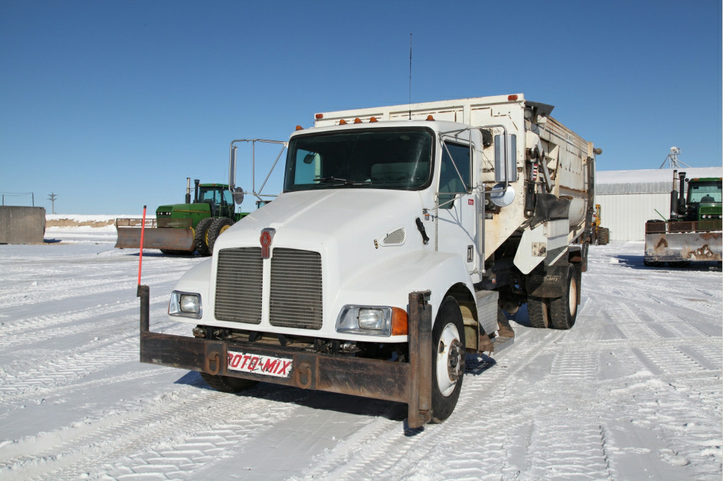 kenworth t300, feed truck, farmtruck, auction