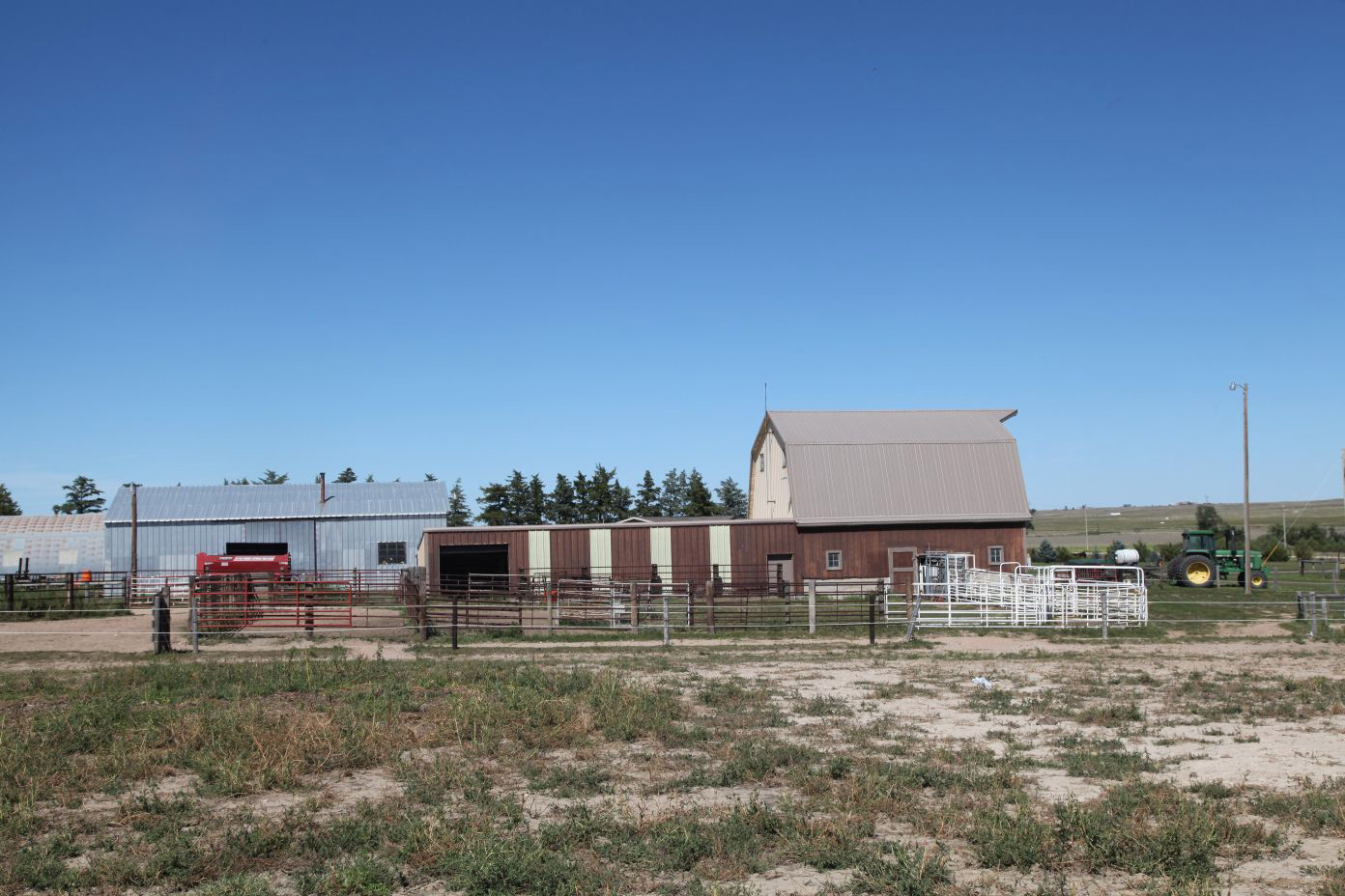 View-of-barn-from-S-to-N.jpg