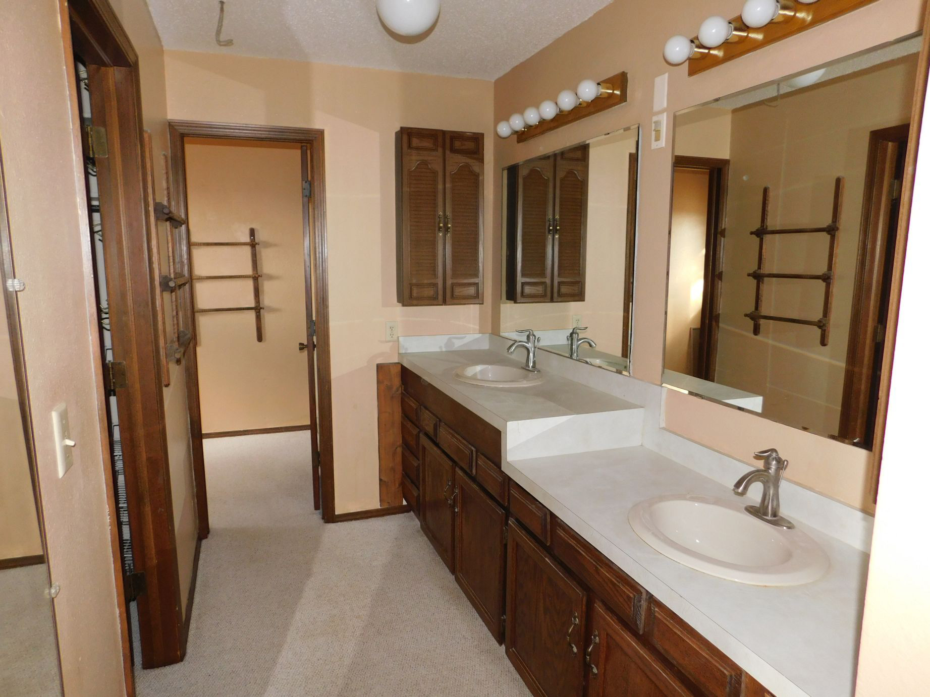 another-view-of-master-bath.jpg